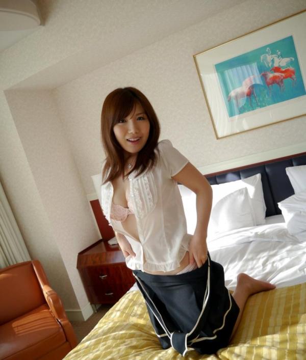 美泉咲(みずみさき)豊潤な肉感ボディの巨乳美女セックス画像100枚のb026枚目
