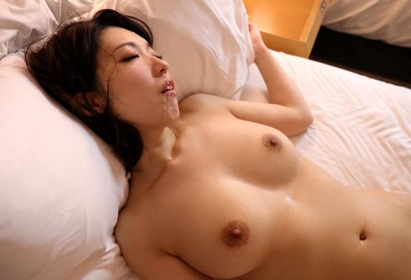 人妻不倫セックス画像  38歳 百田弘子(望月瑠璃子)53枚のa32枚目