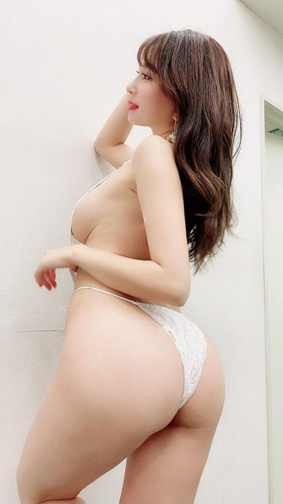 森咲智美 エロすぎるGカップグラドル画像100枚のa022枚目