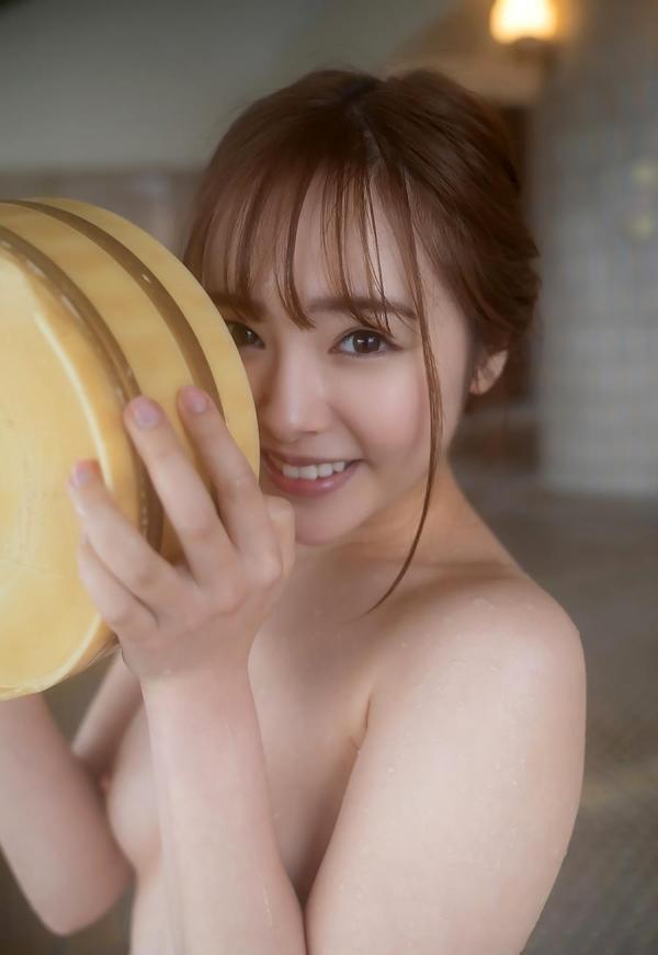 小倉由菜さん、温泉旅行で女体盛りにされてしまう。画像68枚のa35枚目