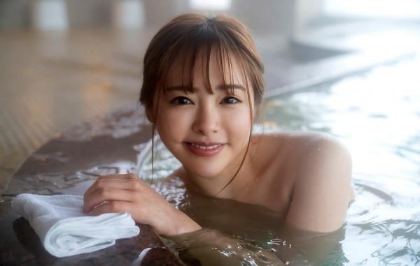 小倉由菜さん、温泉旅行で女体盛りにされてしまう。画像68枚のa36枚目