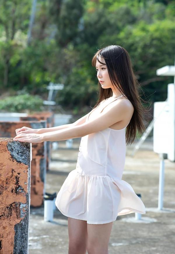 坂道みる 魅惑のクビレ美巨乳ボディヌード画像120枚の036枚目