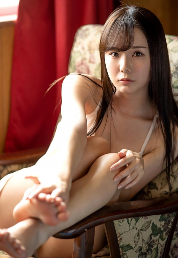 坂道みる 魅惑のクビレ美巨乳ボディヌード画像120枚の044枚目