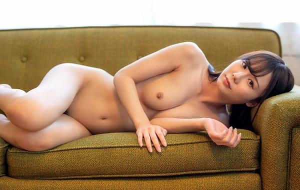 坂道みる 魅惑のクビレ美巨乳ボディヌード画像120枚の082枚目