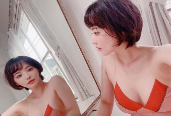 三宮つばき ミステリアスなスレンダー巨乳美少女画像44枚のa020枚目