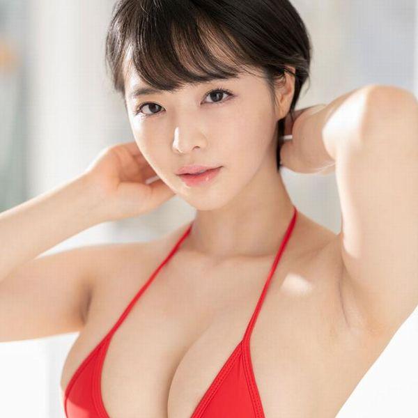 三宮つばき ミステリアスなスレンダー巨乳美少女画像44枚の1
