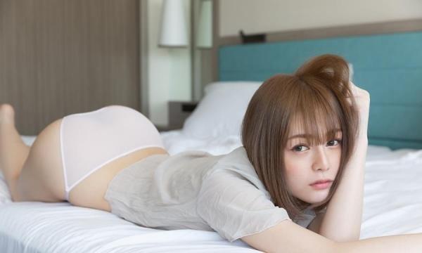 佐野ゆいな くびれ美尻の読モ美少女エロ画像60枚のa35枚目