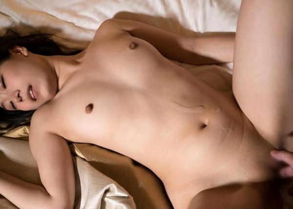 正常位フィニッシュ画像 お腹オッパイお口に発射110枚の026枚目