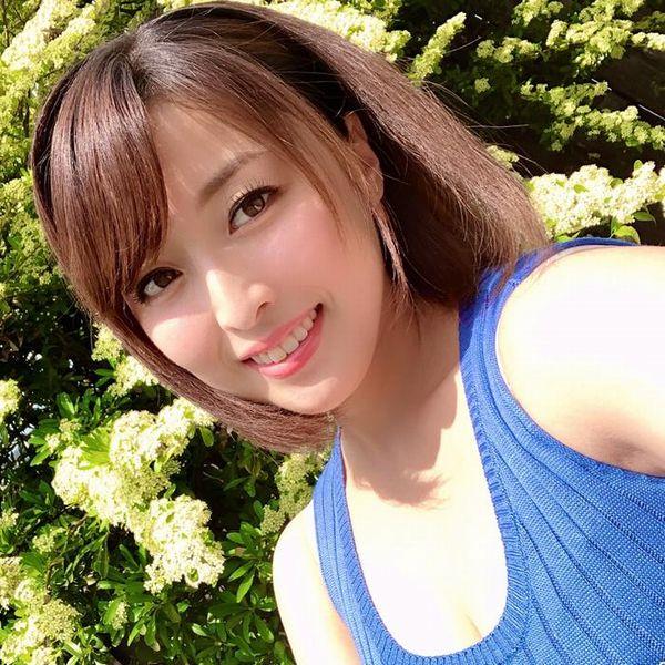 篠崎かんな(柴崎香織)魔性的なグラマラスボディの巨尻美女エロ画像61枚の1