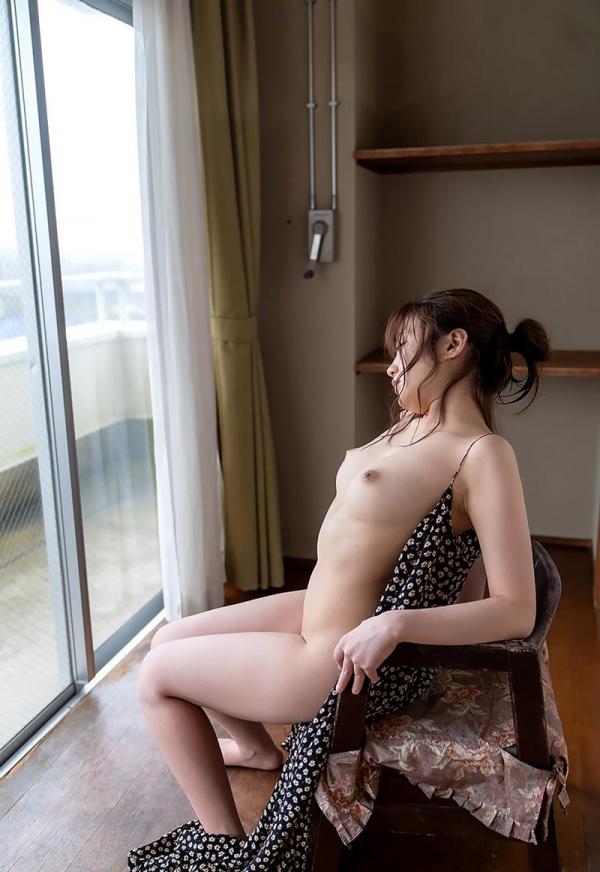 詩月まどか たわわな巨乳のムッチリ美女エロ画像120枚のb095枚目