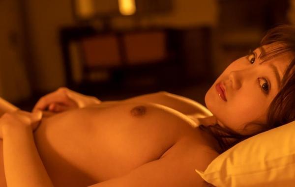詩月まどか たわわな巨乳のムッチリ美女エロ画像120枚のb100枚目