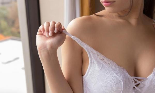 高梨ゆあ Fカップ巨乳の笑顔美人SEX画像85枚のb009枚目