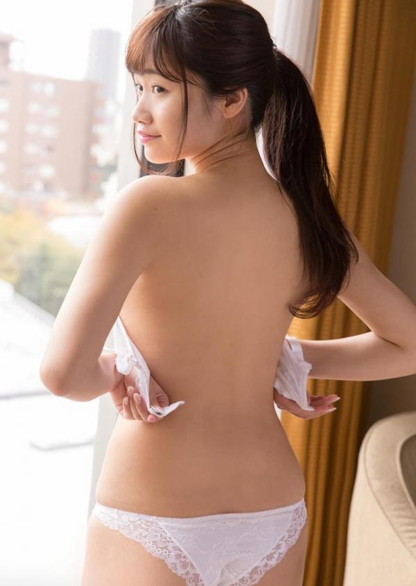高梨ゆあ Fカップ巨乳の笑顔美人SEX画像85枚のb011枚目