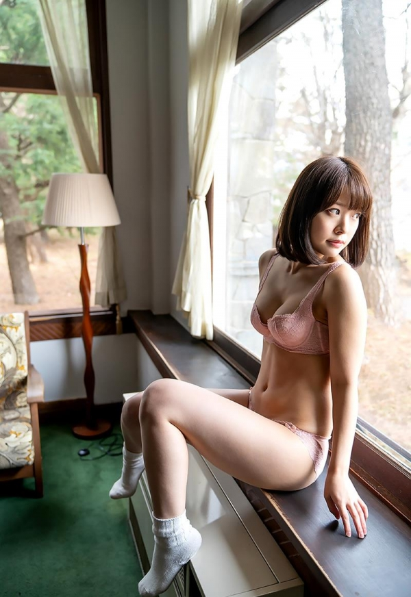 八木奈々 10年に1人の純真ピュア美少女のヌード画像110枚の021枚目