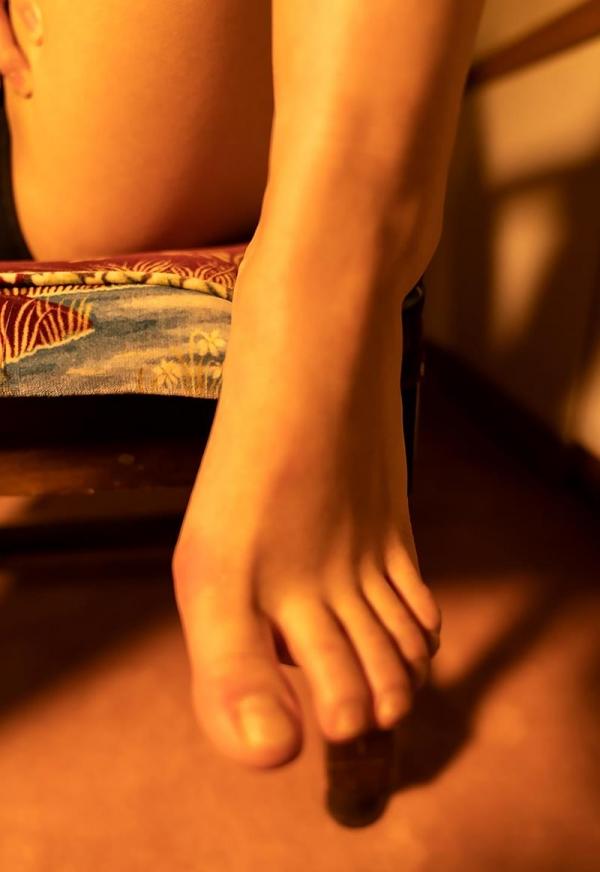 八木奈々 10年に1人の純真ピュア美少女のヌード画像110枚の102枚目