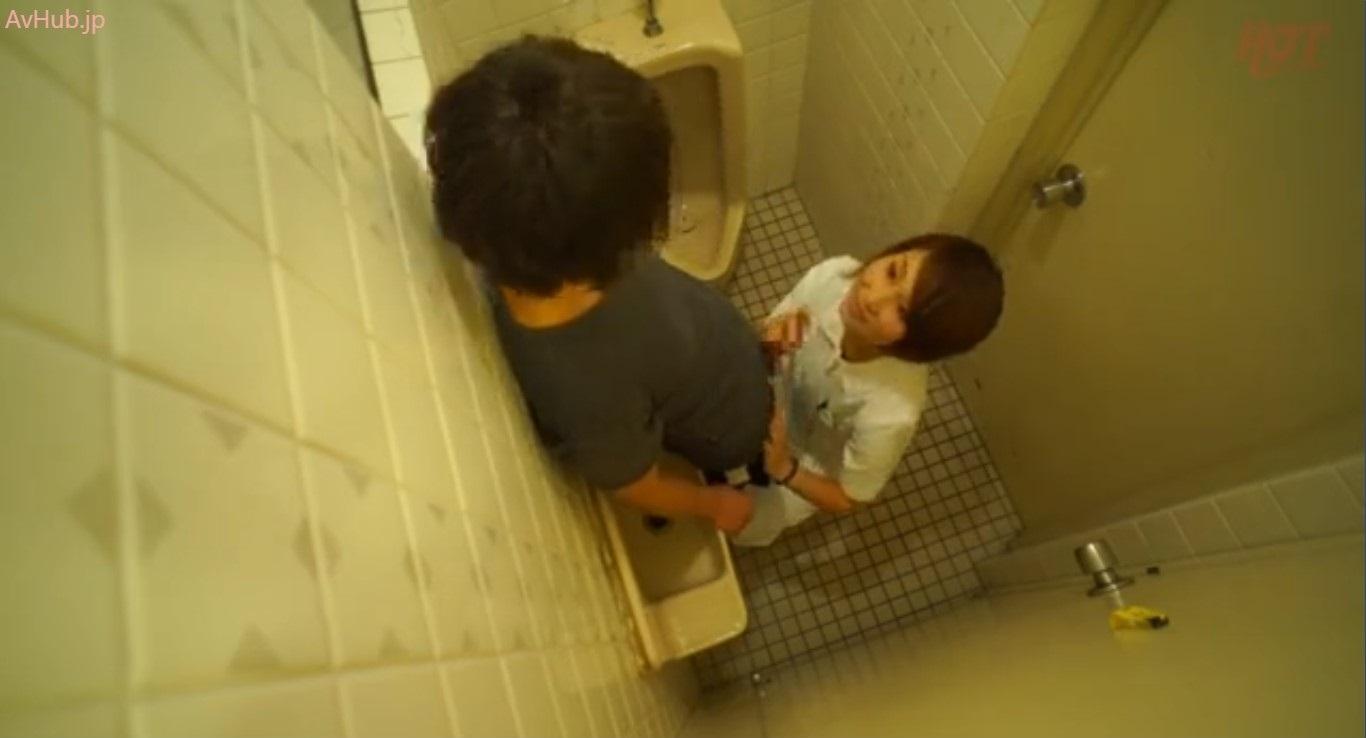 トイレ介助で勃起