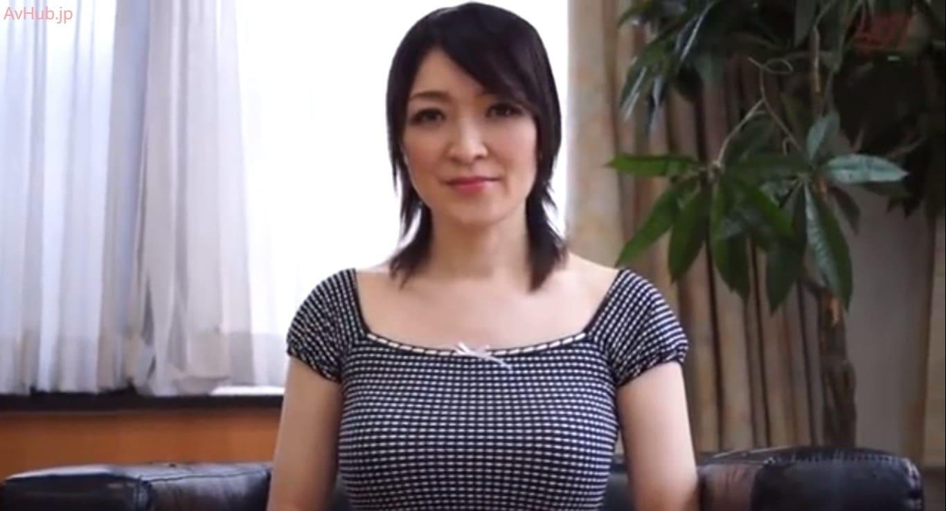 巨乳熟女のセンズリ鑑賞