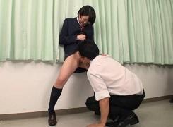 朝長ゆき女子校生