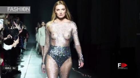 乳首透けファッションモデル