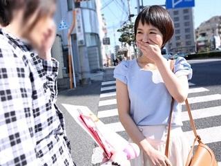 羽田真里 ショートカットの可愛い美人お姉さんと脱いでも終わらない野球拳!