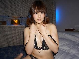 【無修正】櫻井ともか ネットリ手マンでマン汁垂れ流しながら喘ぎ悶える美少女
