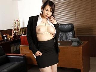 【無修正】ゆうき美羽 Iカップ巨乳の美人秘書が会社に関わっている人たちをたっぷり接待