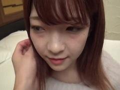 【無修正】20歳の可愛い女子大生を生チンポでハメる個人撮影