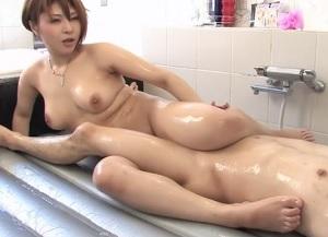 【無修正】ムチムチ巨乳の泡姫が全身擦りつけながらご奉仕してくれる高級ソープ