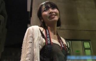【無修正】海外のナンパハメ撮りシリーズの餌食になってしまう日本人女性さん