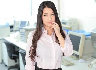 【無修正】鈴木さとみ 巨乳の美人女社長が仕事を取るためにカラダを使って性接待