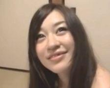 【無修正】小野麻里亜 性盛りな美人若妻が中出し懇願の種付け不倫パコ