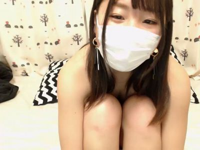 【無修正】あどけなさ残る素人美少女が惜しげもなくオマンコ披露してくれるライブチャット映像