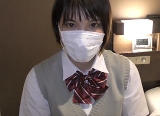 【無修正】初心な反応の可愛い制服JKのロリマンコかき混ぜる円光ハメ撮り