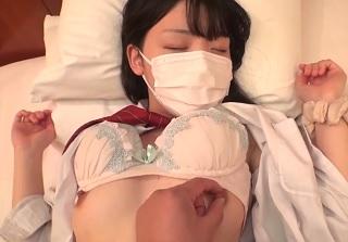 【無修正】あどけない清楚系JKの未開発マンコ激ピストンで突きまくる円光SEX