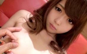 【無修正】天使級美少女をWチンポで徹底的にハメまくる3P連続中出し!