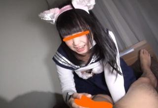 【無修正】ネコ耳制服コスなパイパン美少女のロリマンコ激しく犯す中出しセックス