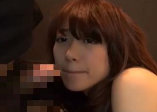 【無修正】稀に見る神カワ若妻が猛烈ピストンにメス顔で悶えるハメ撮り映像
