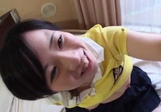 【無修正】純粋無垢な美少女が敏感マンコ犯されアヘ顔晒して喘ぎ悶えるハメ撮り!