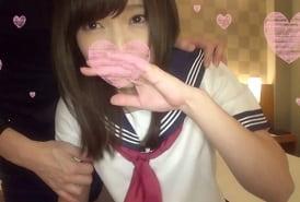 【無修正】碧しの 制服姿の似合う美少女のキレイな桃色マンコにたっぷり中出し!