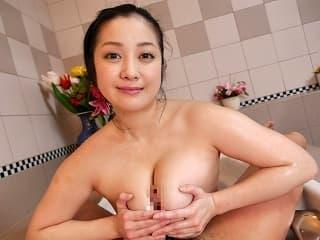 【無修正】小向美奈子 ホンモノ芸能人が神乳使って癒してくれる高級ソープ