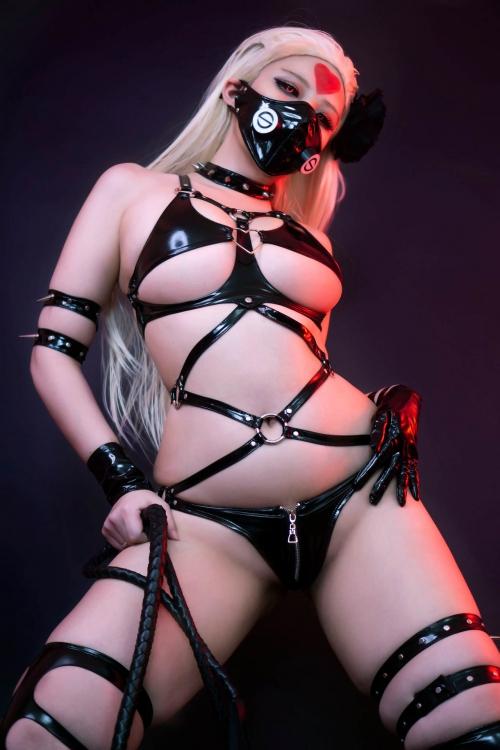 Hana Bunny Cosplay 20