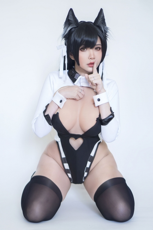 Hana Bunny Cosplay 56