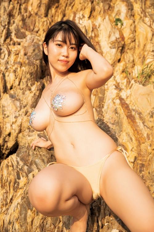 伊織いお Jカップ グラビアアイドル 36