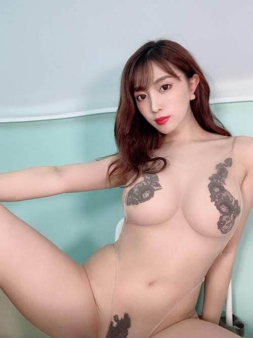 森咲智美 裸で『淫ら』ライブ配信!………開始1分半でBANされる