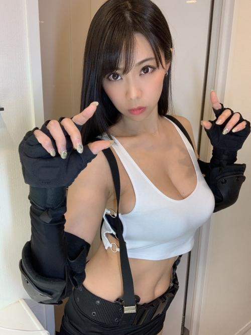 鈴木ふみ奈 FF7・ティファコスプレ グラビアアイドル 07