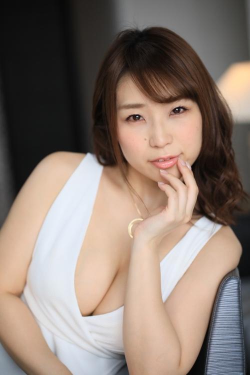 性欲しか無さそうなドスケベマダムズ 巨乳人妻・熟女AV女優 11