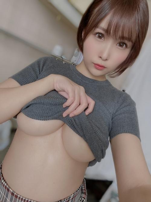 下乳 おっぱい 33