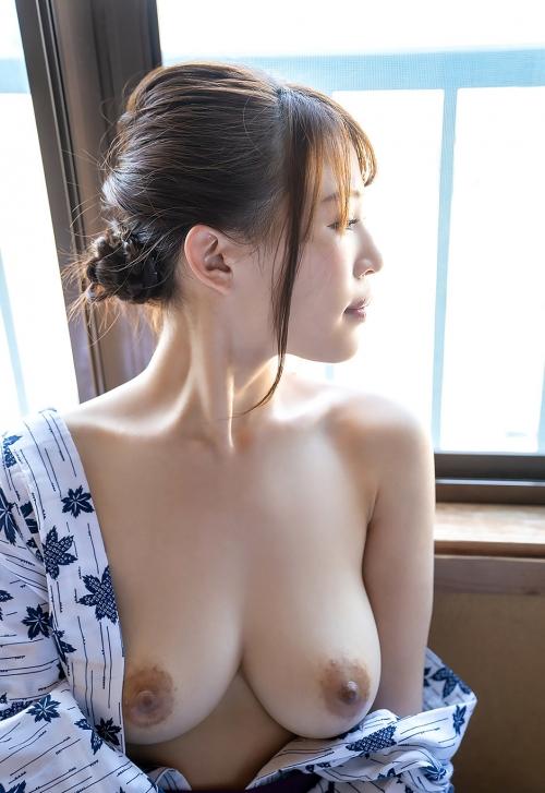 AV女優の舐めて吸いたくなるエロ乳首おっぱい 28