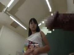 留学先で喜んでハメ撮り配信しているアジア系美女