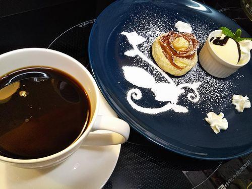 20181001草津温泉カフェ花栞(はなしおり)アップルパイ、コーヒー1